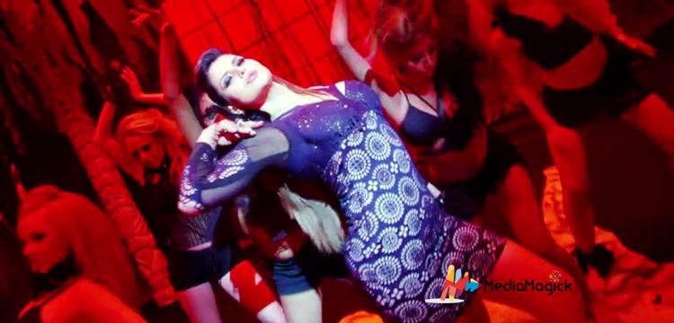 sexy-zareen-khan