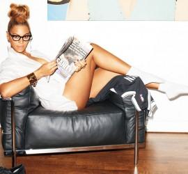 Celebs Wardrobe Malfunctioning – Beyoncé