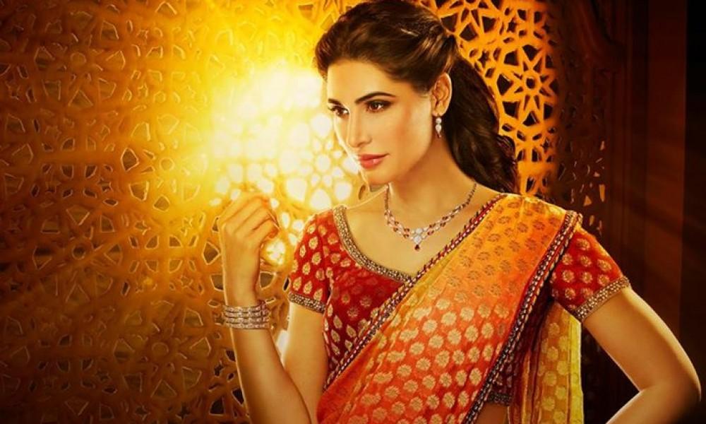 Nargis Fakhri Damas Jewelry Diwali 3