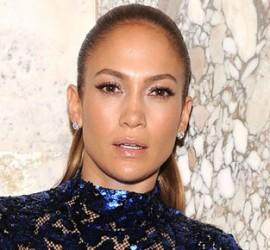 Celebs Wardrobe Malfunctioning – Jennifer Lopez