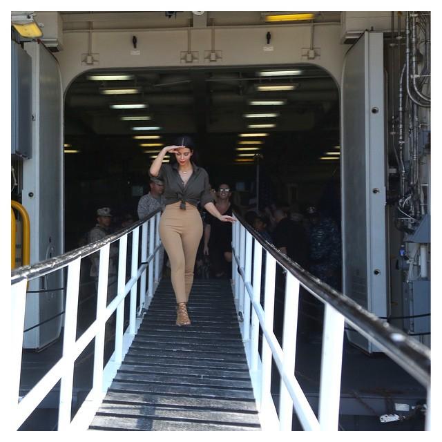 Kim Kardashian At US Army 1