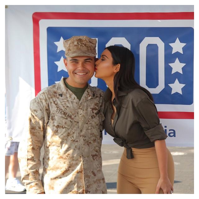Kim Kardashian At US Army 3