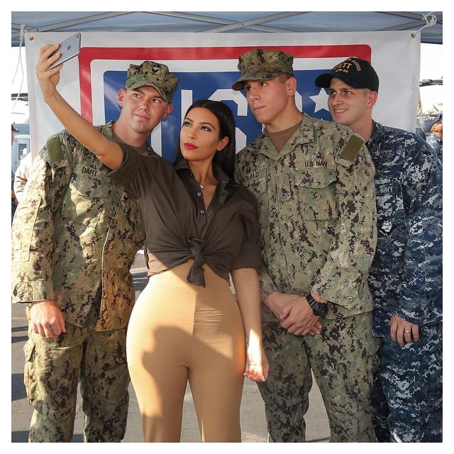 Kim Kardashian At US Army 4