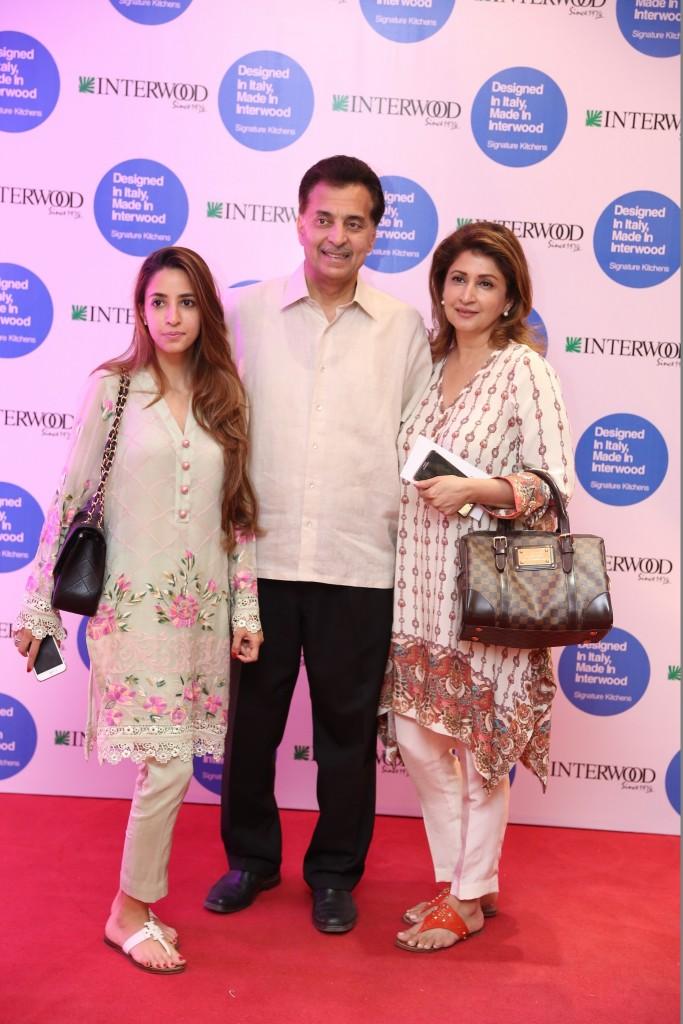 Alisha Hasan, Sardar & MIna Hasan (2048x1365)