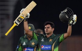 Azhar Ali's 102 helps #Pak beat #Zim by 6 wickets