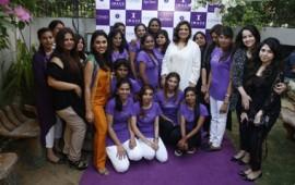 Faryal Zaki, Batool Sayeed, Roohi Sayeed, Nadia Sahar & Kanwal Raza with Spa girls