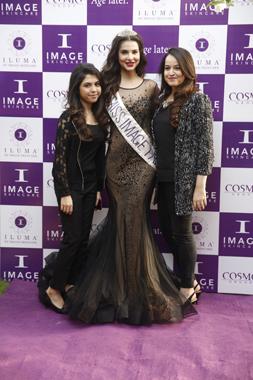 Kanwal Raza, Sana Sarfraz & Nadia Sahar