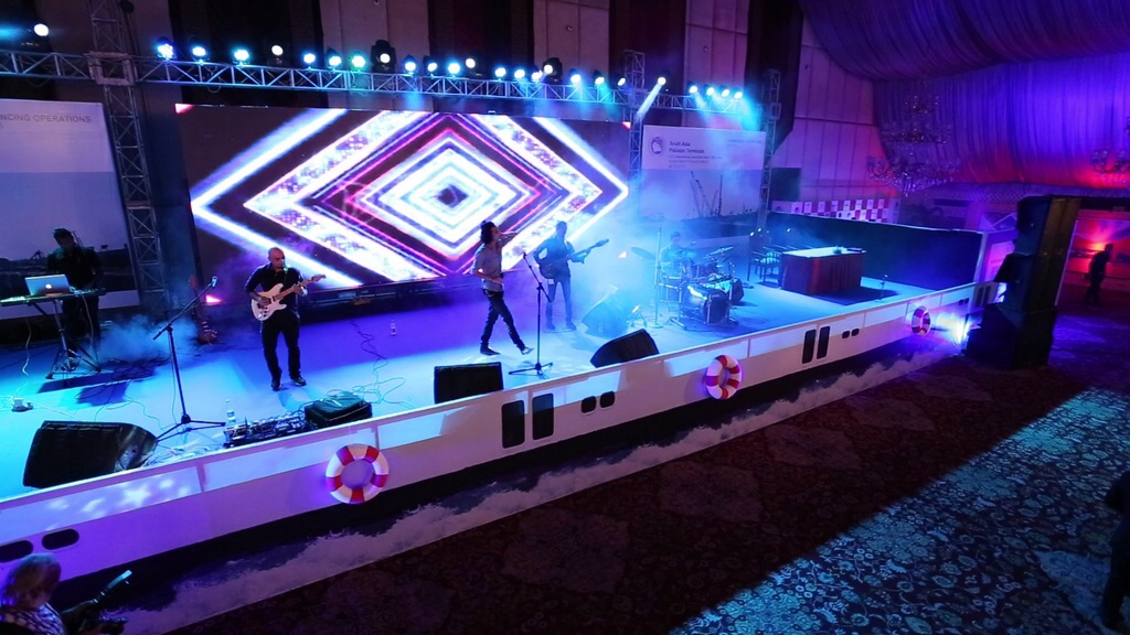 Mizmaar performing at the PIFFA Awards [Karachi]