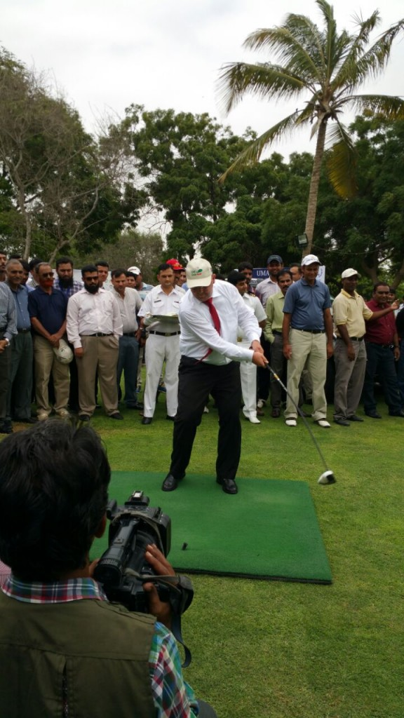 General Manager of Turkish Airlines in Pakistan (Sindh Region) Mr Fatih Atacen Temel playing golf at the Opening Ceremony of (CNS) Open Golf Championship 2015