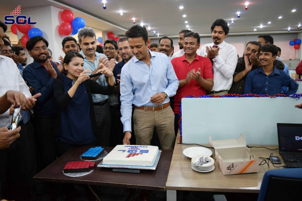 Director at SeaGold Private Limited Shiraz Qureshi cutting cake