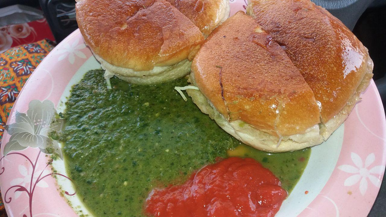 Street food Bun Kabab Karachi