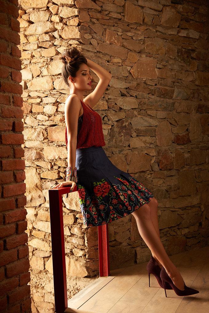 Lisa Haydon 5