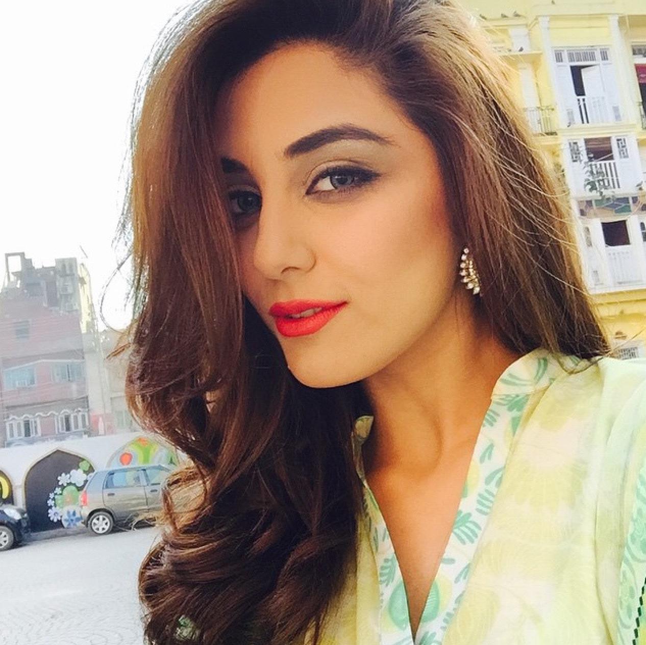Maya Ali stylish actresses in Pakistan Mediamagick