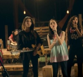 Shukriya Maa – Meesha Shafi Rocked Again On Mother's Day Song