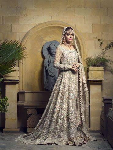 Saba Qamar Vogue India1