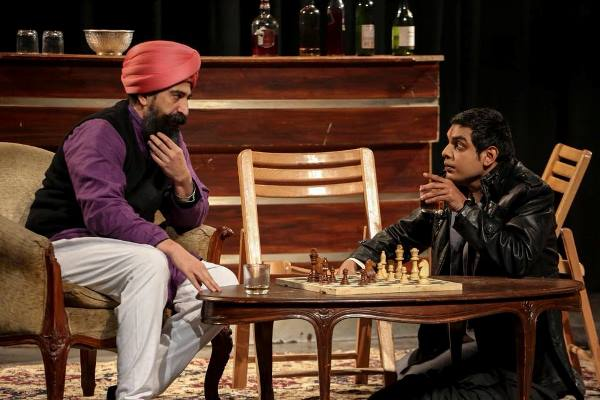 Hua Kuch Yoon Karachi Play 1