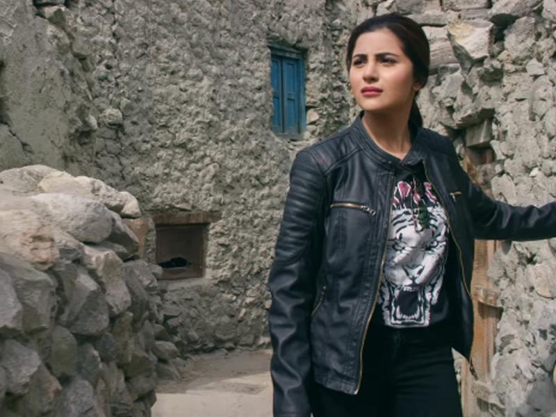 Motorcycle-Girl-Movie-review-mediamagick-1