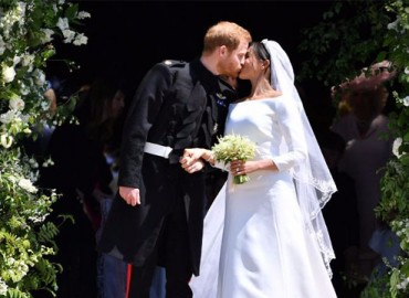 11 Romantic Pictures From Royal Wedding – Royal Romance Is In The Air